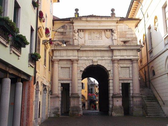 Porta Dojona a Belluno